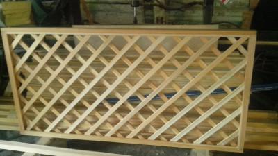 шпалера деревянная лиственница 1,0м*2,0м - 1500 рублей/штука